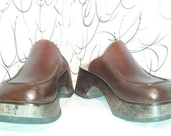 Vintage brown leather mules with wooden chunky heels ladies size 5