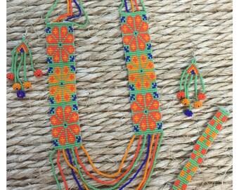 Necklace style huichol art