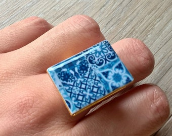 Portuguese tiles statement ring, Portugal, Portuguese tiles, statement ring, book ring, modern tiles, azulejos, adjustable ring, blue tiles
