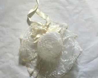 White lace sun hat