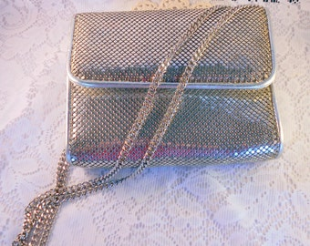 1980's Purse Whiting and Davis International Silver Mesh Purse with Long Carry Chain