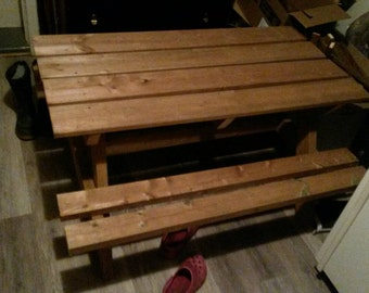 Kids 4' picnic table