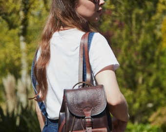 Roxanne leather rucksack/backpack in two tone brown/black leather