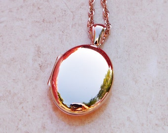 Solid Made in Britain 9ct Rose Gold Oval Locket CHARLES GREEN