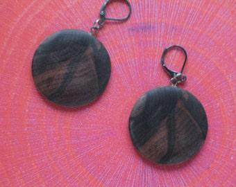 Mun ebony earrings
