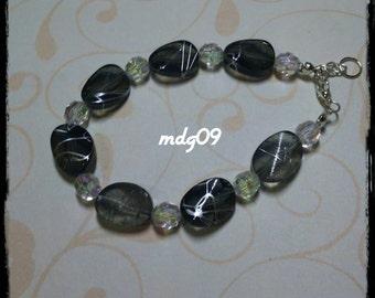 Bracelet with acrylic beads