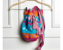WAYUU BAG handmade, crochet bag, colorful bag, Indigenous bag