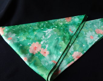 Scarf 1970's Green Floral Vintage Polyester Hippie Style