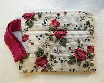 Natural/Rose print wristlet