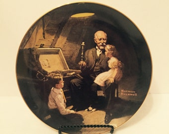 "Vintage 1983 Norman Rockwell Collector Plate ""Grandpa's Treasure Chest"""