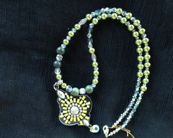 """20"""" Green Beaded Necklace With Green Pearls And Pendant"""
