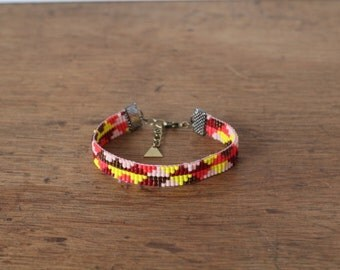 Bracelet woven hand beaded Peyote, geometric pattern yellow/coral/pink/pale brown, ethnic chic bohemian, Made in Paris