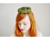 Vintage Myrtle Paper Hair Crown, Woodland Bride , Communion Green Leaf Headpiece, Vintage German Garland