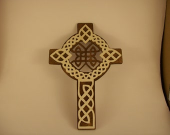 Scroll sawn Celtic cross