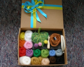 Needle felting kit //  Needle felting kit beginner // Needle felting starter kit // Felting  kit  // felting needles // beginners kit