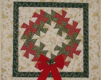 """Quilted Christmas Wreath Wall Hanging 26""""x26"""""""