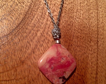 "34"" Silver Chain Necklace with Pink Agate Pendant and Sterling Silver Accents"
