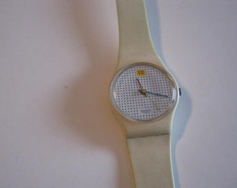 Dotted Swiss Vintage Swatch
