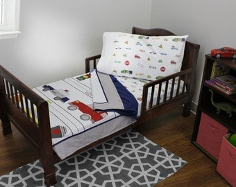 Red Light Green Light - 4pc Toddler Bedding Set