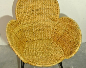 Mid century Wicker Chair with filigree base