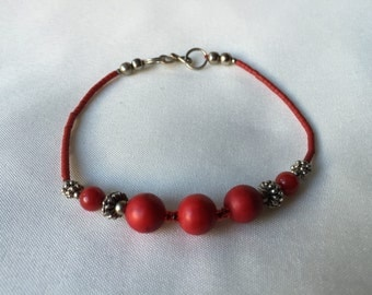 Red Dragon, Seeded bracelet with Silver Plated Beads