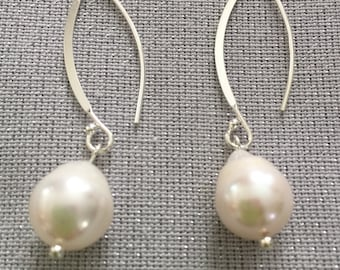 Baroque pearls with sterling silver hoops