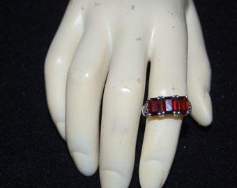 925 Emerald-Cut Gemstones Garnet Band Ring Size 6 Sterling Silver SS 3.8grams