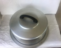 Vintage, pie or cake, pastery,Regal Ware, Easy carry handle, interlocking, No dents,Lightweight