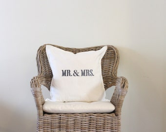 """Mr & Mrs pillow cover 20""""x20"""""""