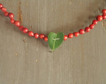 Rose Hip and Bay Heart Valentine Garland