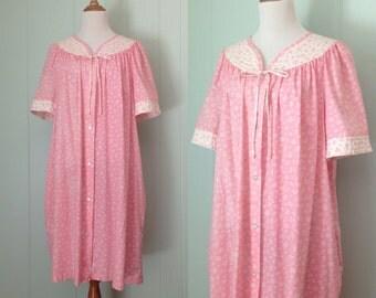 1980s Dan-Ellen Pink Housecoat | 80s Floral Robe | Vintage Quilted Button Down House Coat