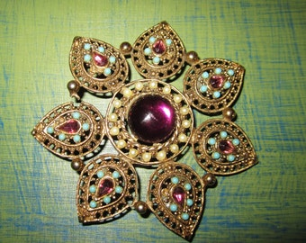 Lovely Vintage BROOCH Costume Jewelry Handcrafted Ornament Pendant Necklace