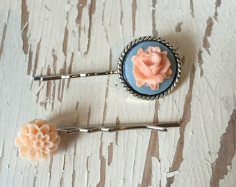 Peach/Blue Flower Bobby Pins 2 Pack