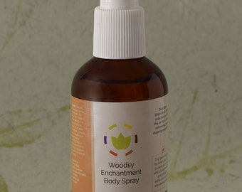 Unisex Body Spray: Woodsy Enchantment