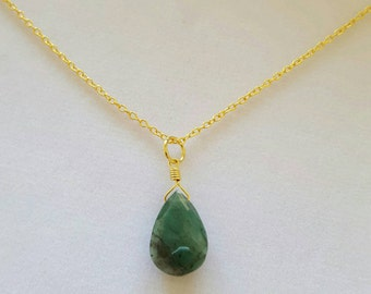 SALE! GORGEOUS GREEN Emerald Necklace!