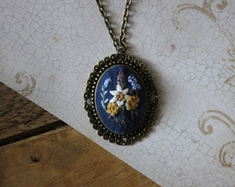 Little Daisy Hand Embroidered Necklace