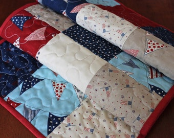 4th of July Table Runner, Quilted American Table Runner, USA Decor, Memorial Day Table Runner, July 4th, Red White Free, USA Table Runner