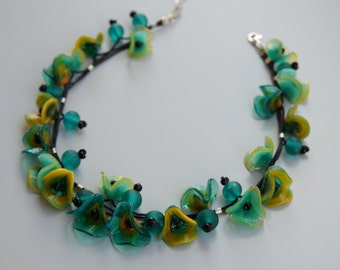 Flower Blossom Necklace - Green/Yellow Glass