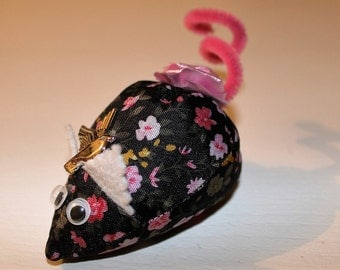 bag of lavender in the form of little mouse in tissues