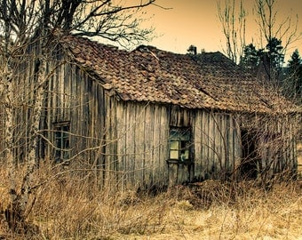 Old Barn Photography - Barn Digital Photo - Abandoned - Broken - House Photo - Rural - Digital Photo - Digital Download - Wall Decor