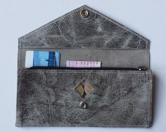 Leather wallet with army grey/green