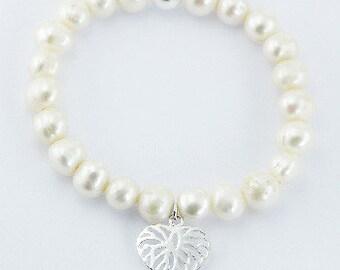 genuine freshwater pearl bracelet / jewelry