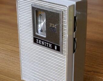 Rare Zenith R26L, AM, FM transistor radio, 1960's, pocket radio
