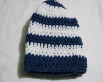 Beanie White Blue stripe