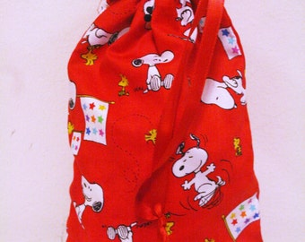Small Red Drawstring Snoopy Bag