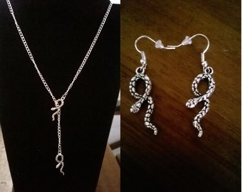 Ornament Double made new snake hand (necklace and earrings) color silver