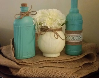 Beautiful set of 3 decorative handpainted vases