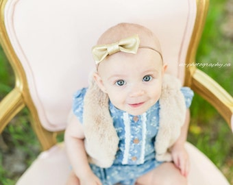 Baby girl headband, gold faux leather, bows