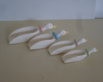 Vintage Ceramic Nesting Geese Set of 4 Measuring Cups/Scoops, Country Kitchen, Baking Measuring Cups, Vintage Kitchen Decor