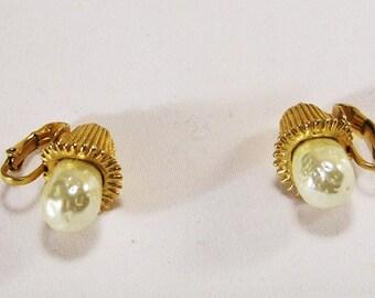 Faux Pearl Vintage Clip Earrings